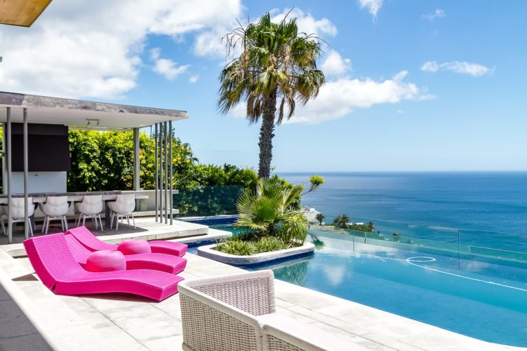 Villa Boma swimming pool