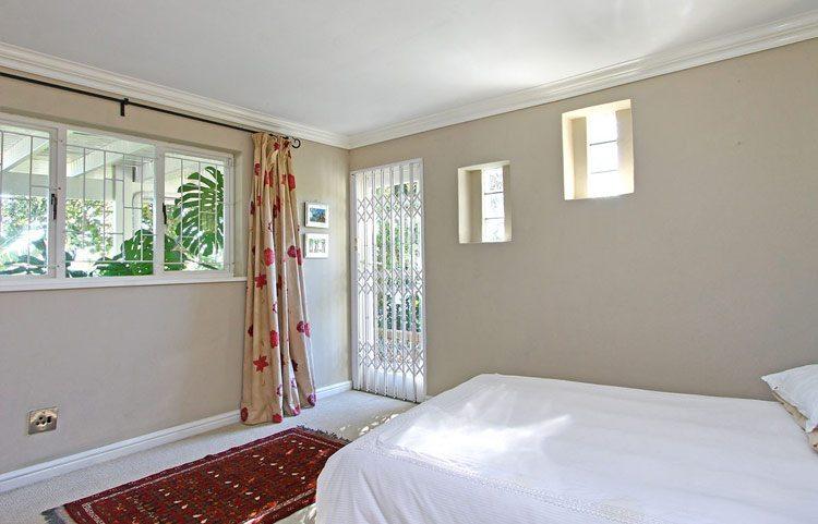 Photo 12 of Apostle Villa Llandudno accommodation in Llandudno, Cape Town with 3 bedrooms and 2 bathrooms