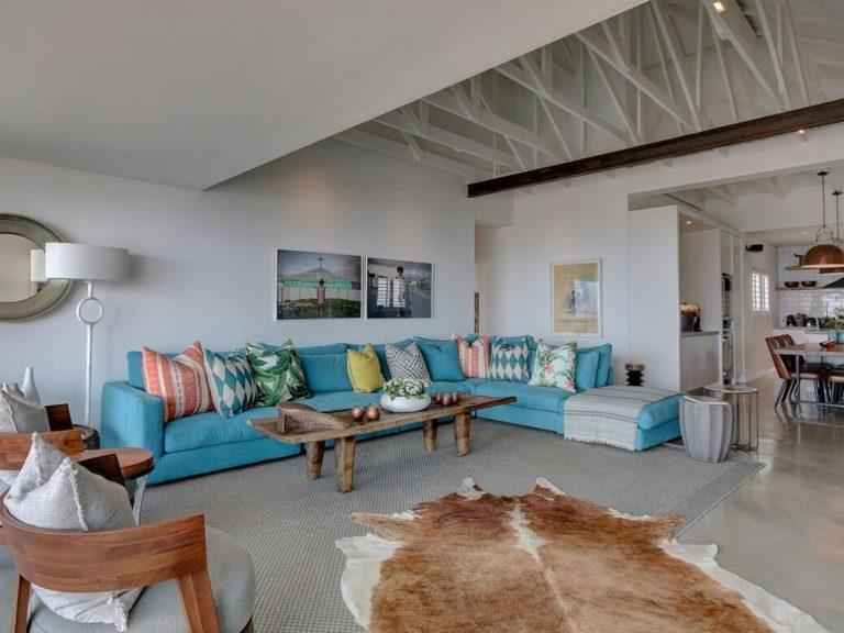 Penthouse North lounge