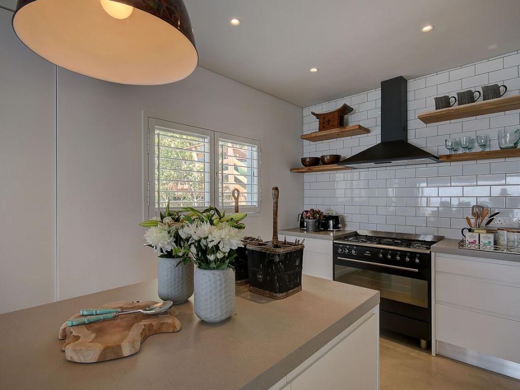 Penthouse North modern kitchen